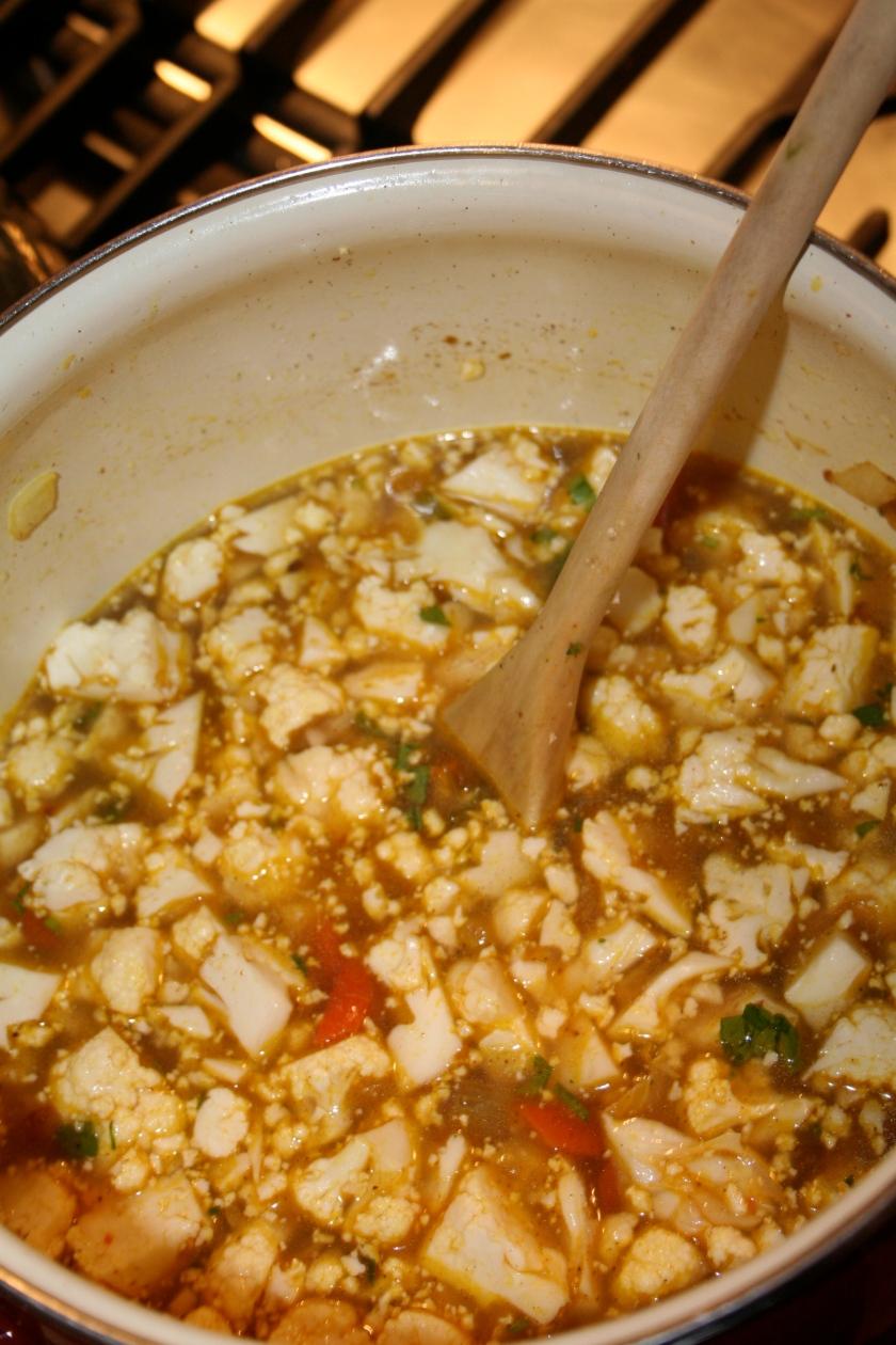 spicy cauliflower soup pot