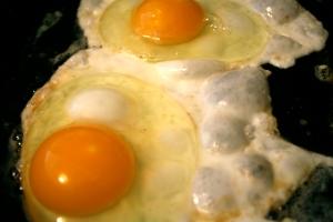 don't you dare break those yolks