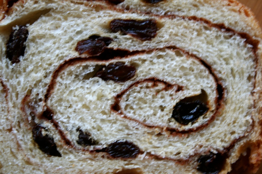 cinnamon raisin loaf 2