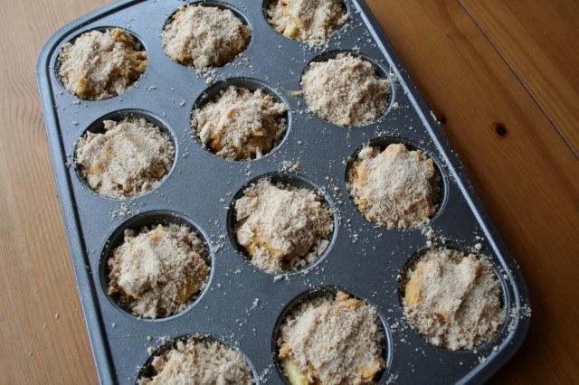 pumpkin apple muffins 3